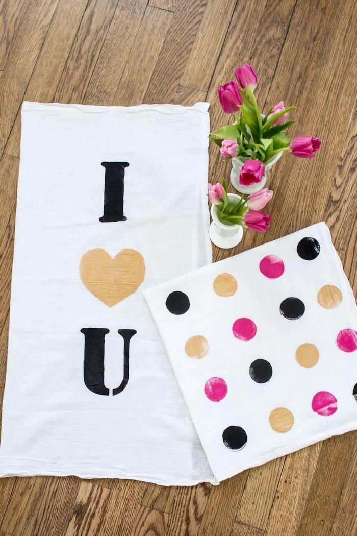 I love you kitchen towel diy