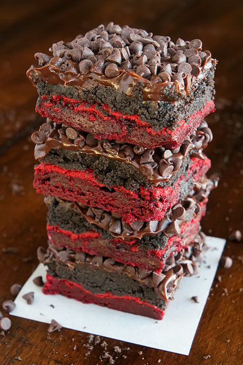 Kevinandamanda red velvet oreo truffle brownies 19