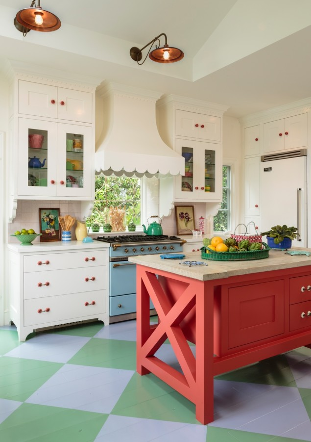 Traditional green red kitchen