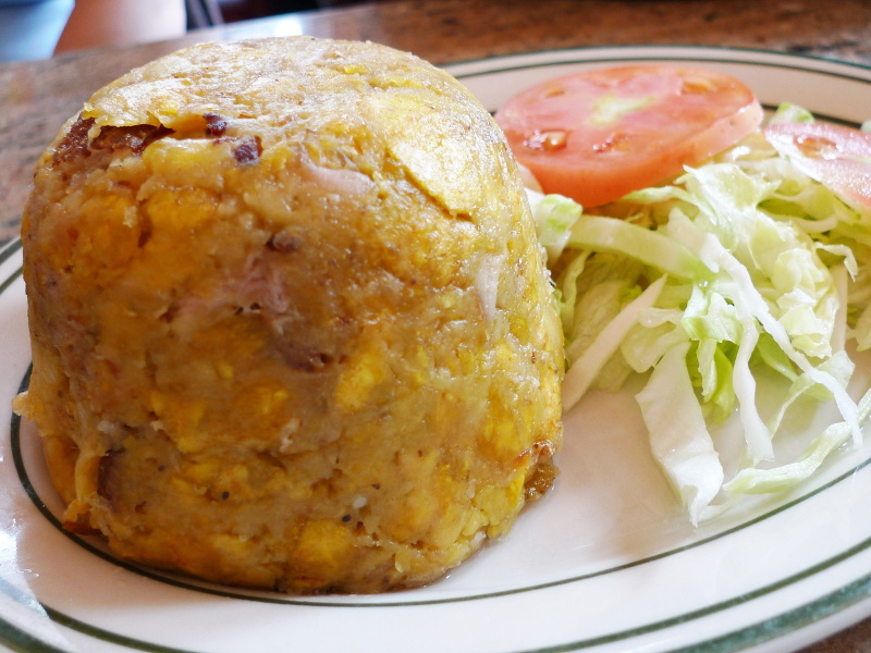 Vegetables mofongo con chicharron flickr arndog arnold gatilao 3923226702 4x3
