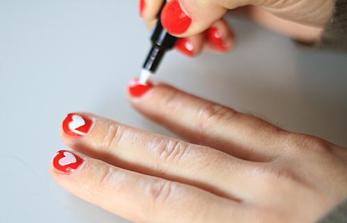 White heart nails