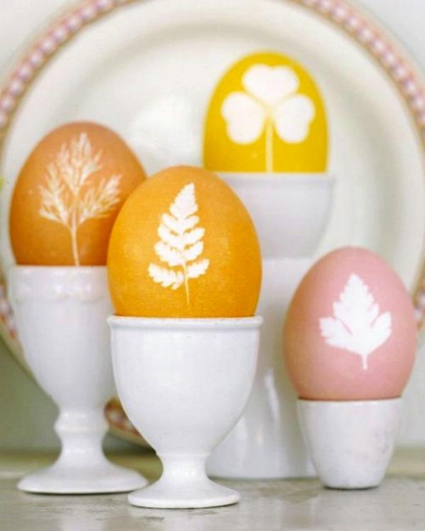 Botanical stencil eggs