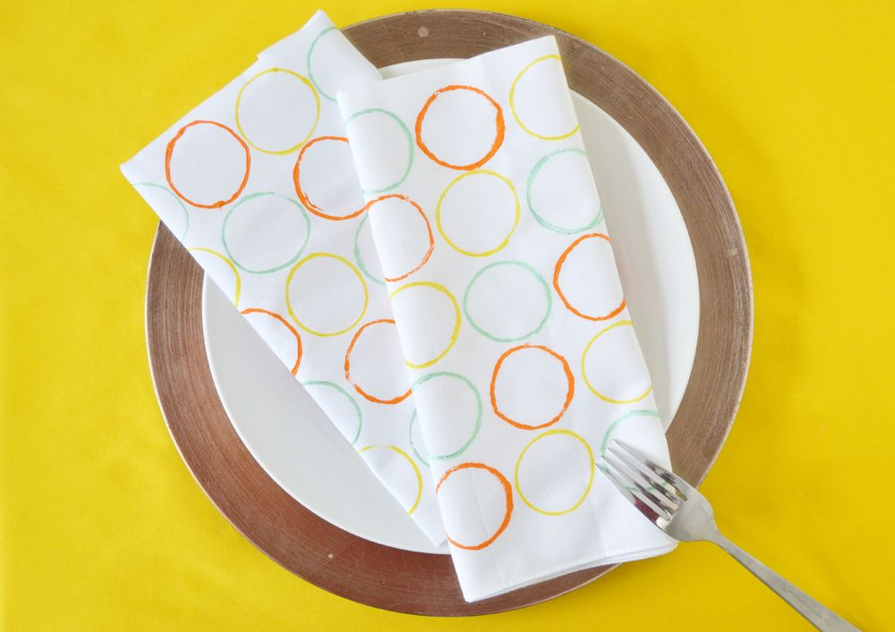 Circle stamped napkins
