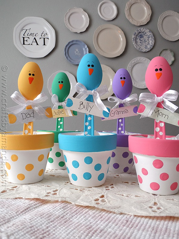 Easter chick plastic spoon place holder