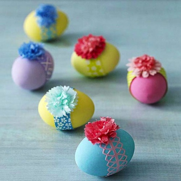 Flower and ribbon eggs