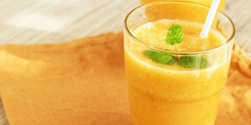 Golden turmeric coconut oil smoothie