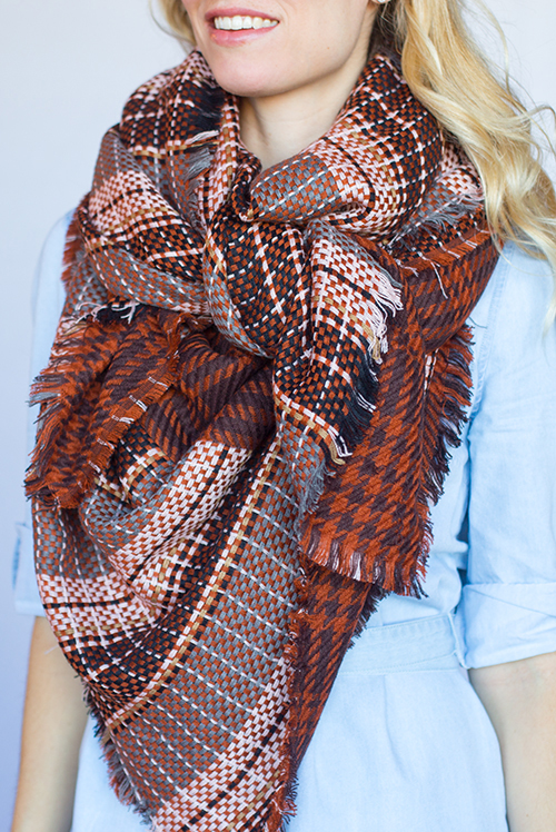 The knot scarf style