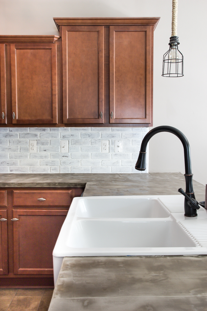 Whitewashed Brick Backsplash From Remodelaholic