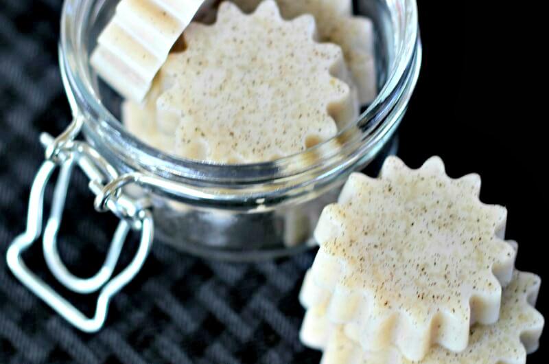 Coconut vanilla bean gummy snacks