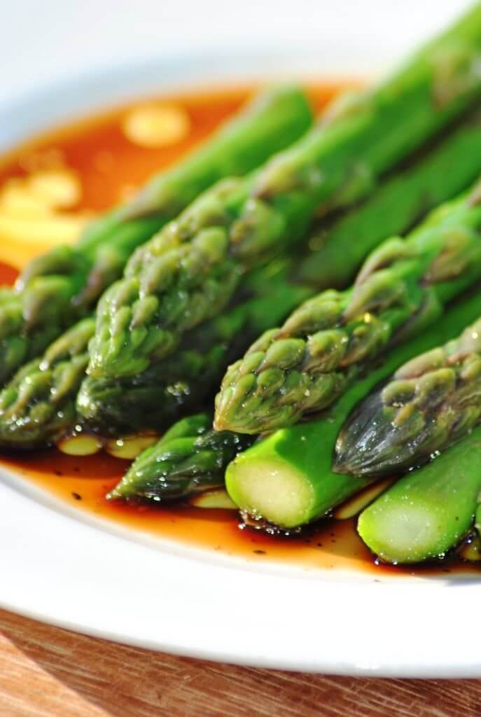 Asparagus with truffle oils