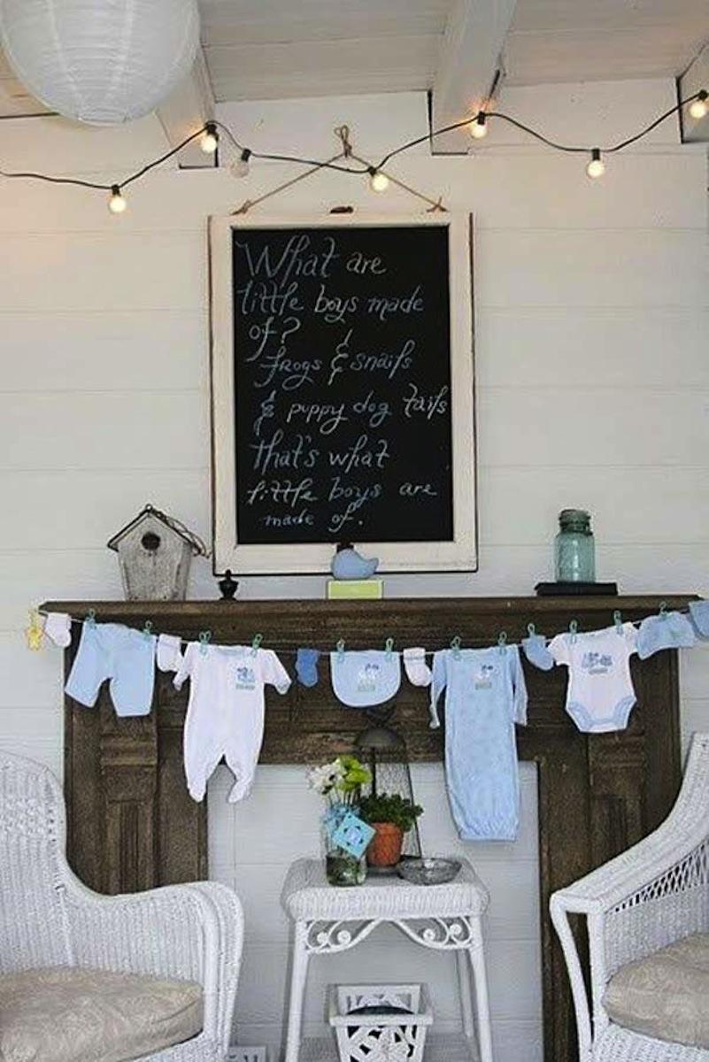 Baby onesie clothesline bunting