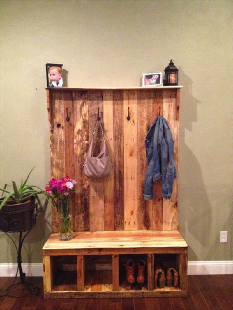 Bench and hooks made from pallets