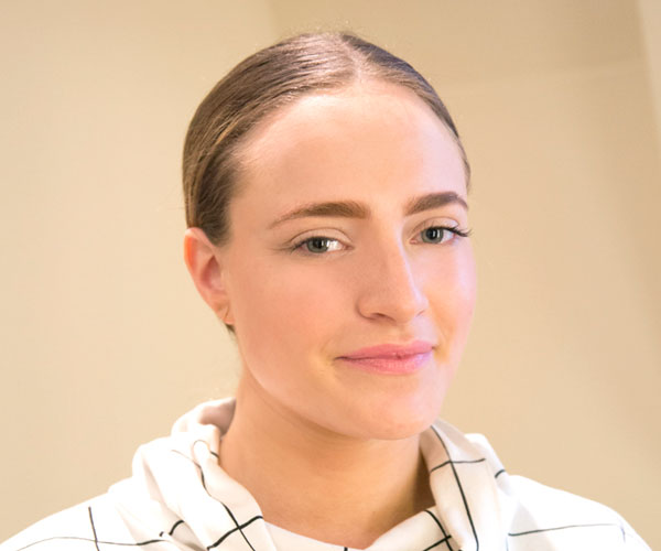 Cara delevingne brow tutorial marie claire