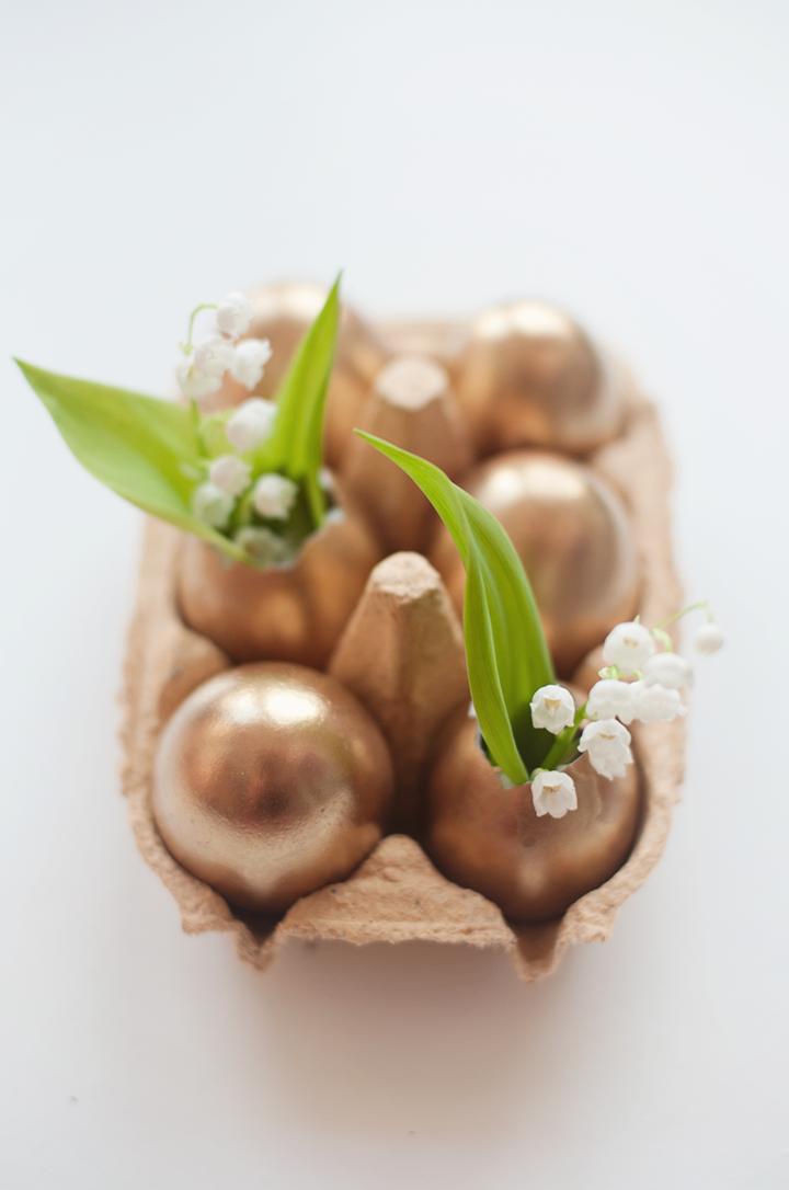 Diy golden easter egg vases