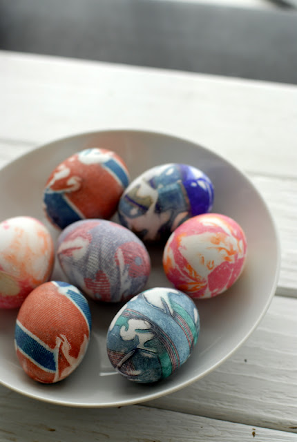 Diy silk dyed easter eggs