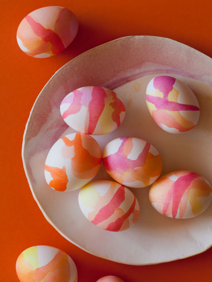 Diy watercolor easter eggs