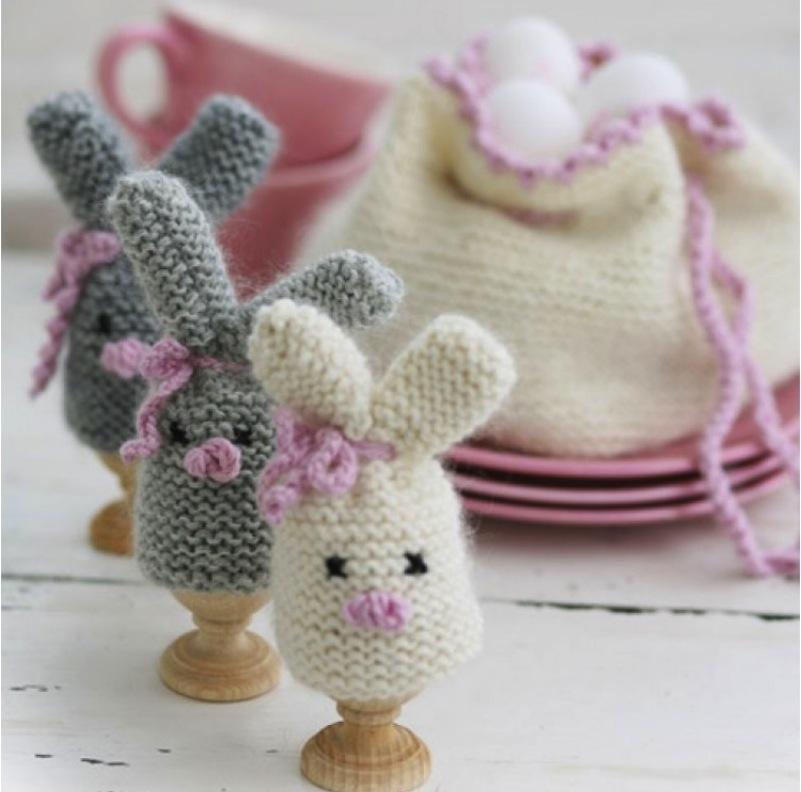 Easter bunny egg warmer with egg basket