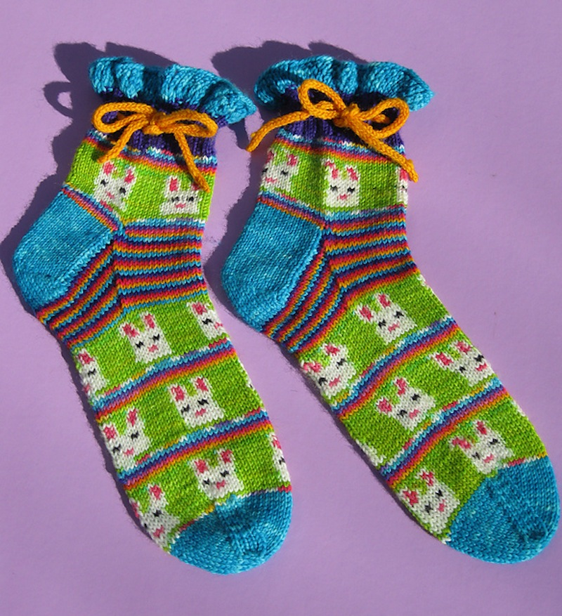 Easter bunny sock pattern