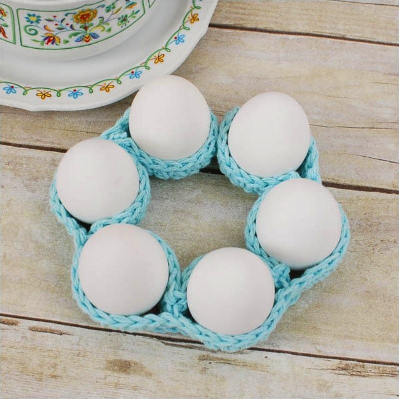Egg cozy circle chain