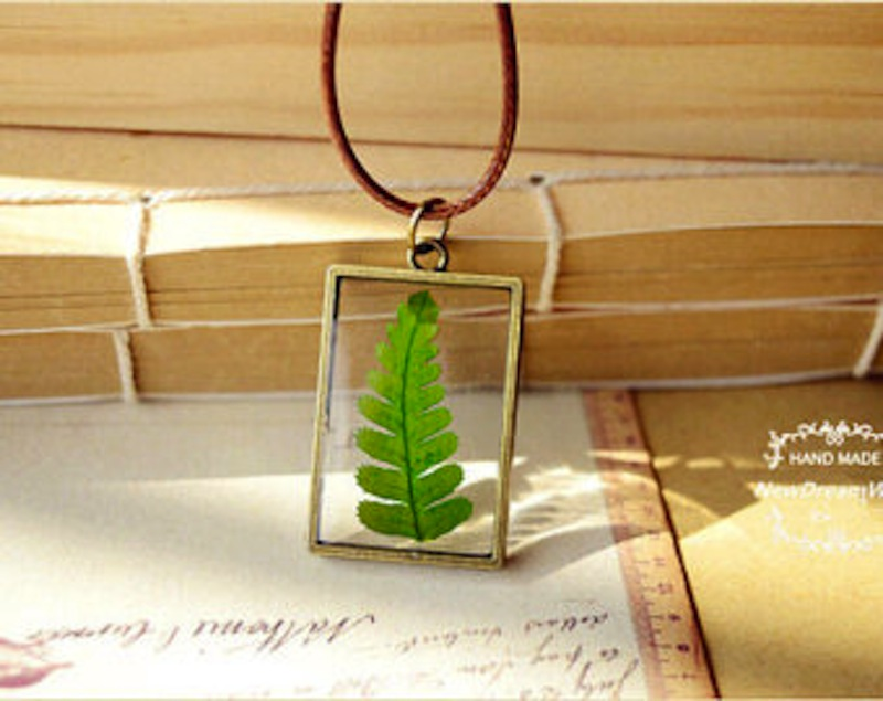 Herbarium necklace