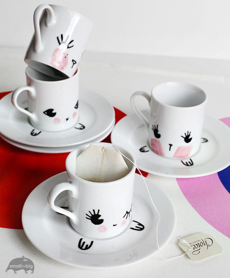 Mugs with saucers