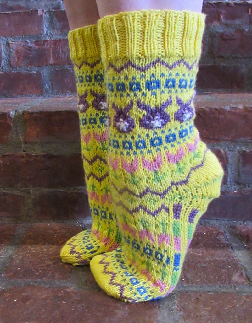 Patterned easter socks
