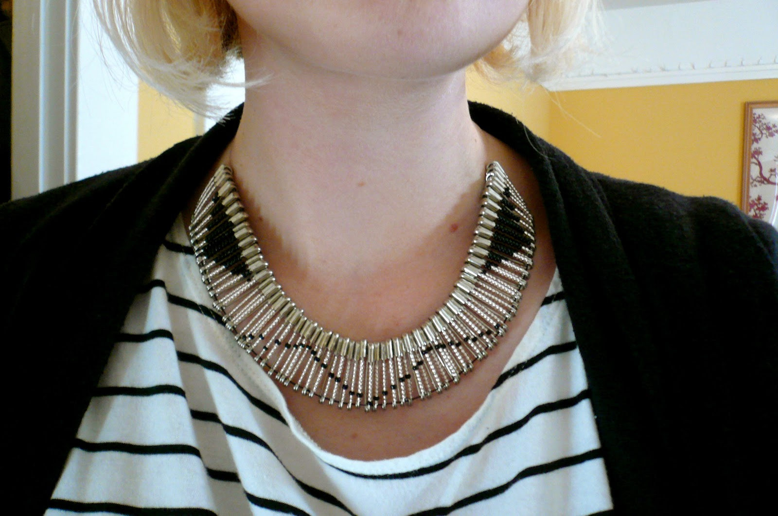 Patterned bead safety pin bib necklace