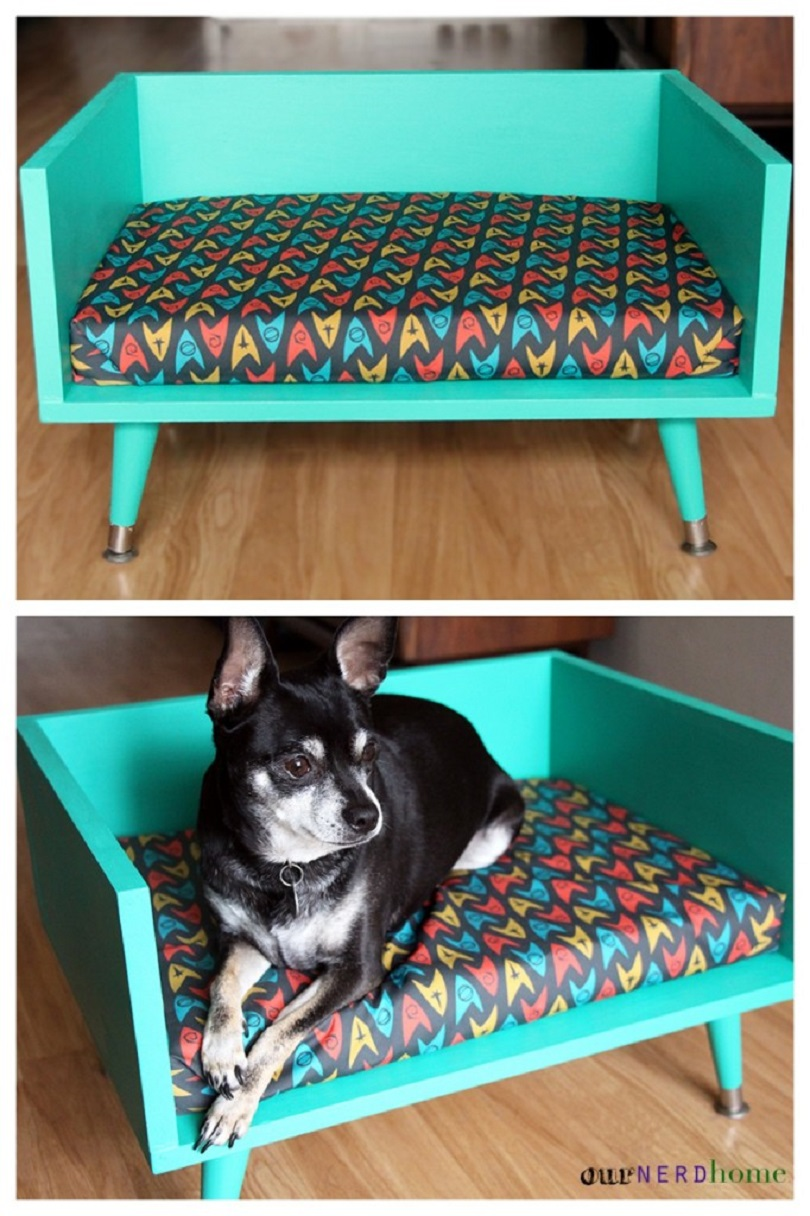 Reclaimed wood pet sofa