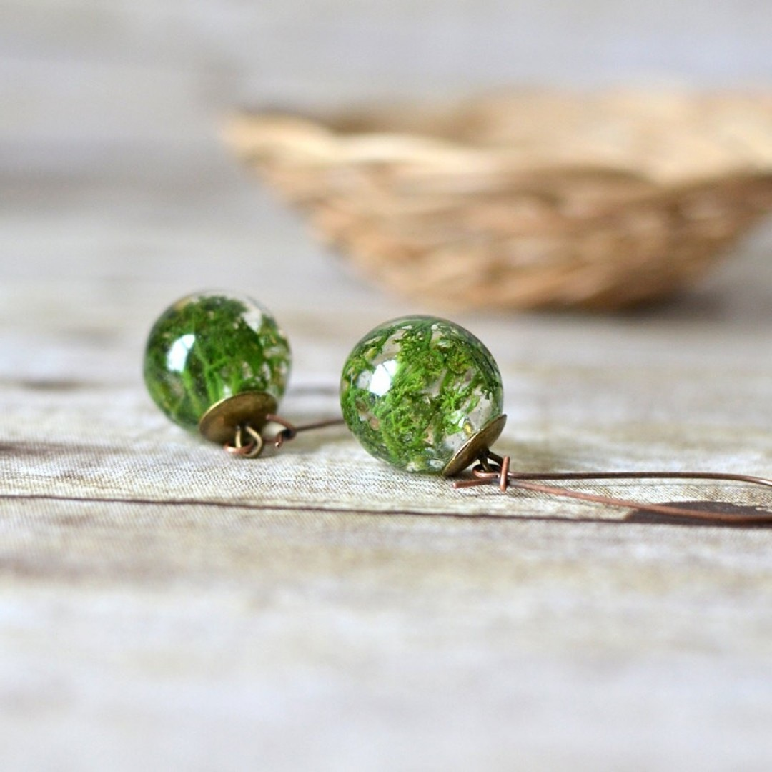 Rounded moss earrings