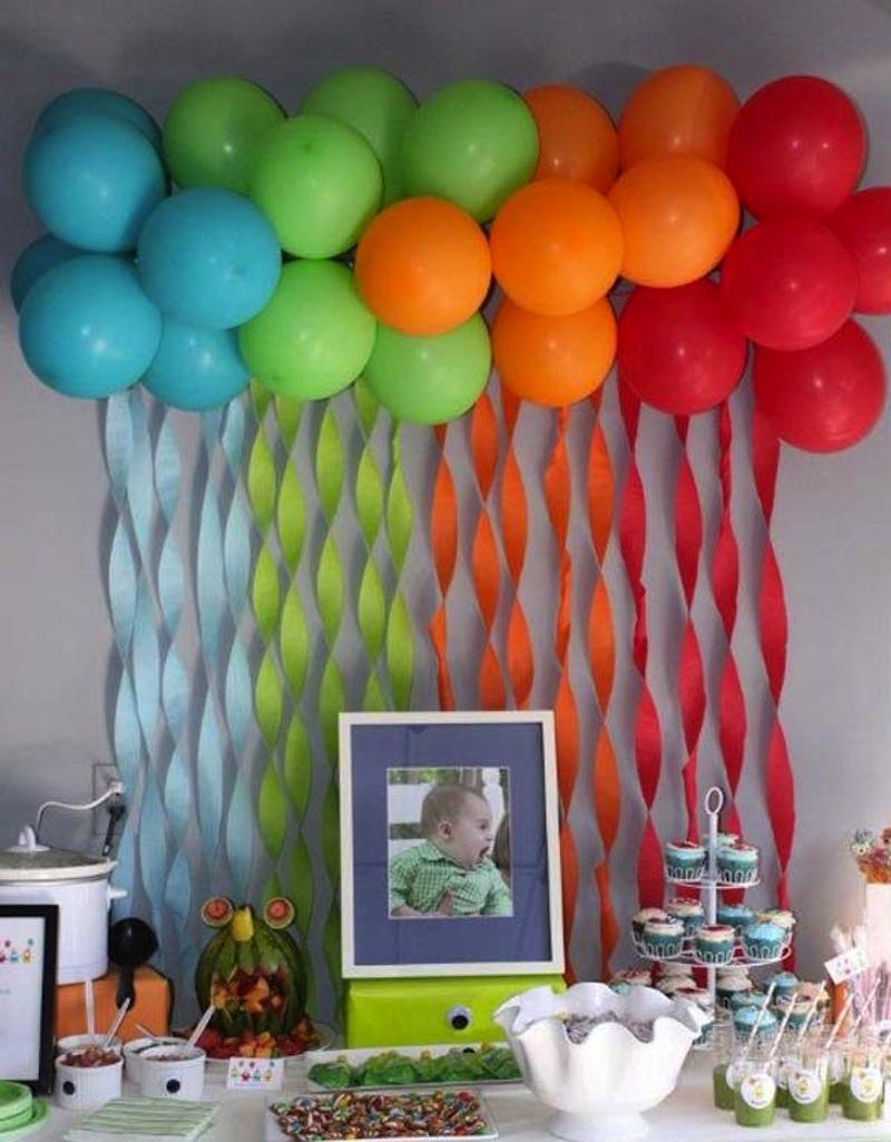 Streamer and balloon rainbow