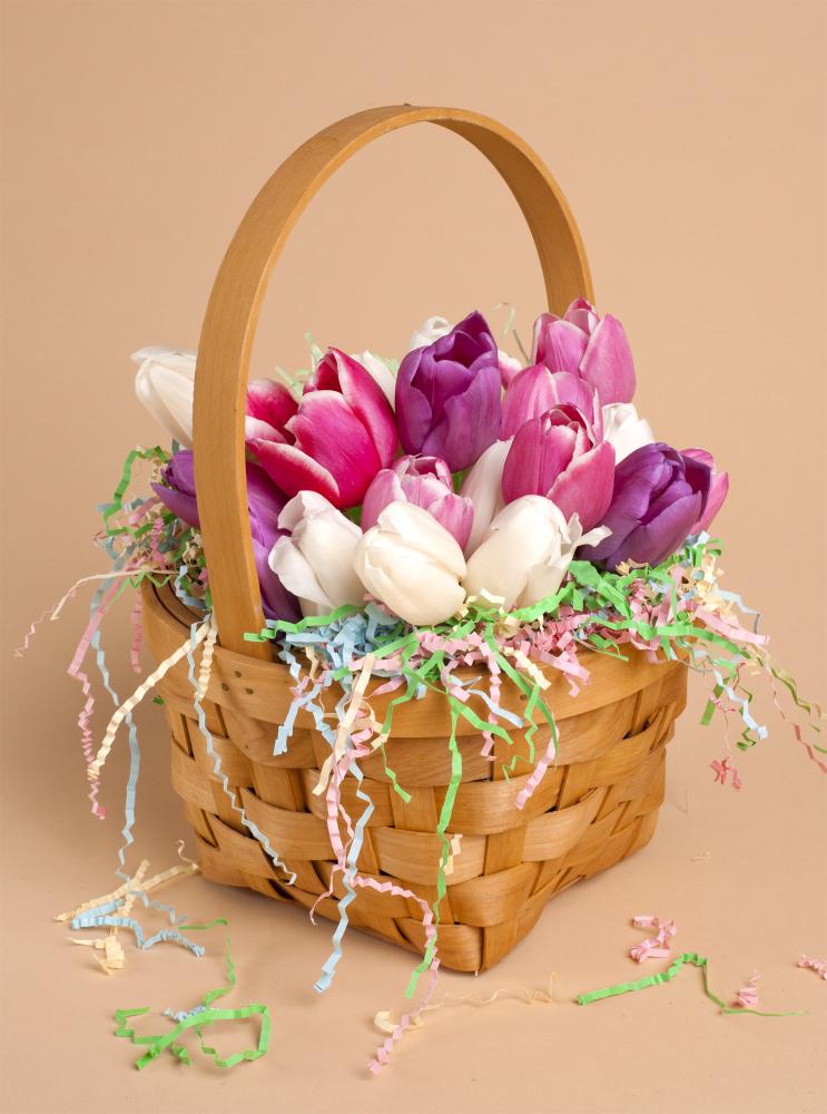 Tulips in a basket diy centerpiece