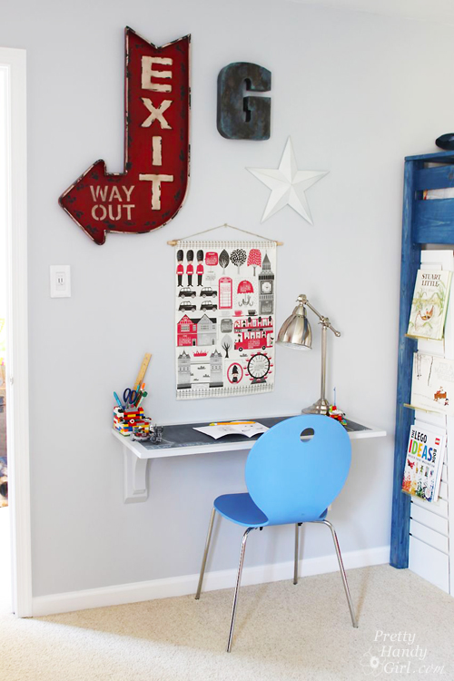 Wall mounted art desk diy