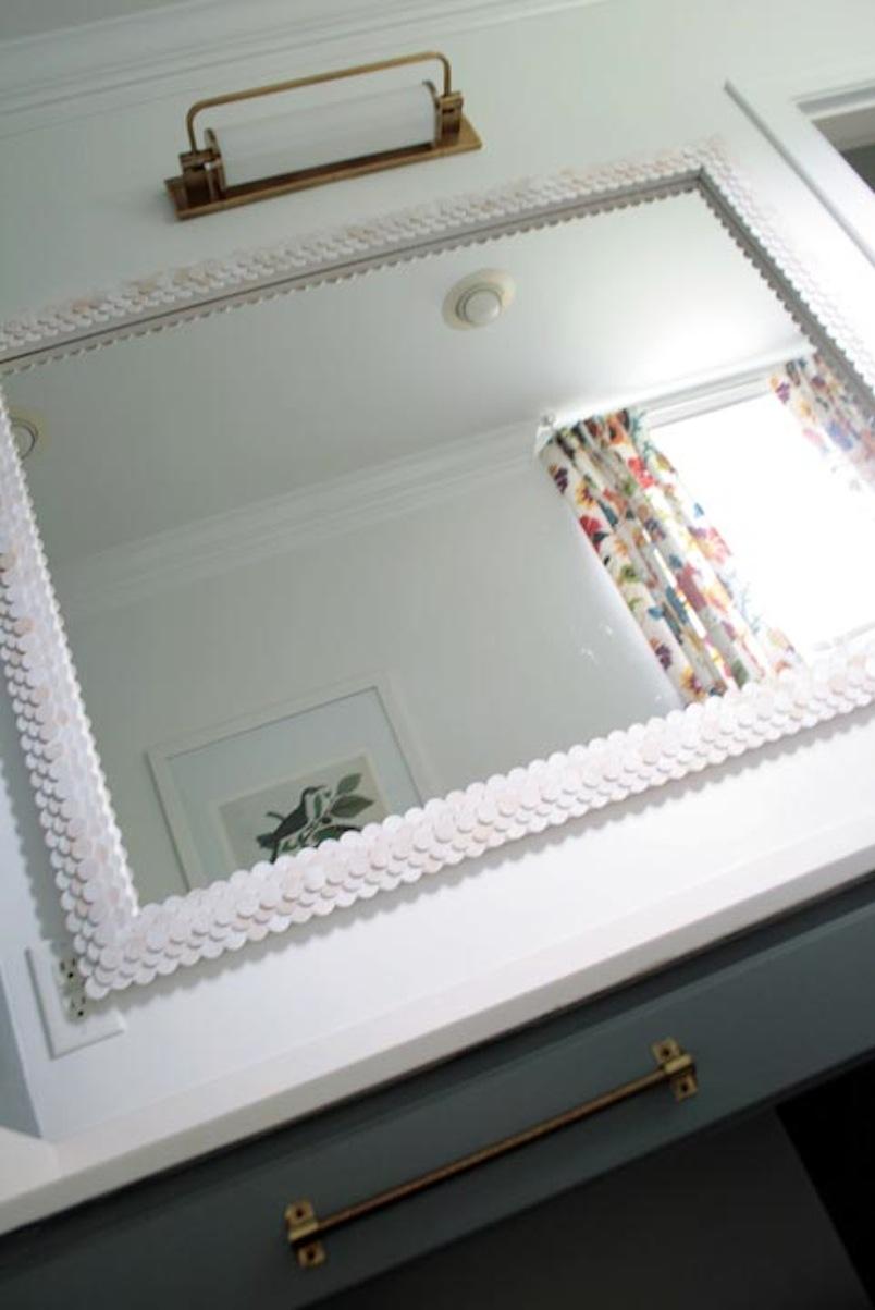 Wooden disc mirror