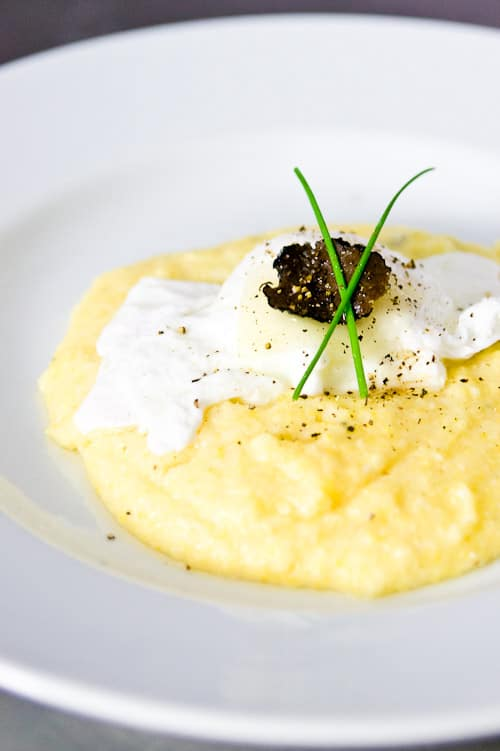 Black truffle cheese grits