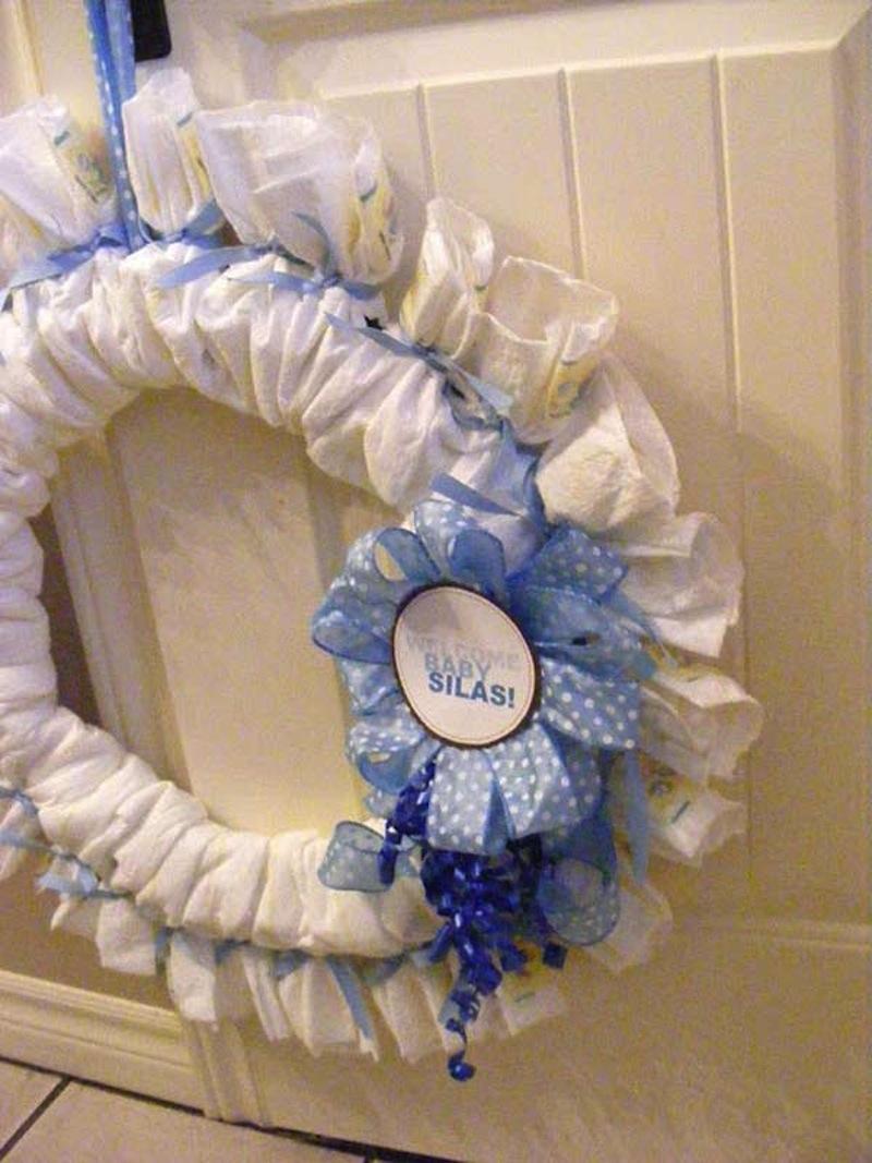 Fanned diaper wreath