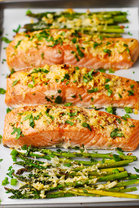 Garlic crusted salmon and asparagus