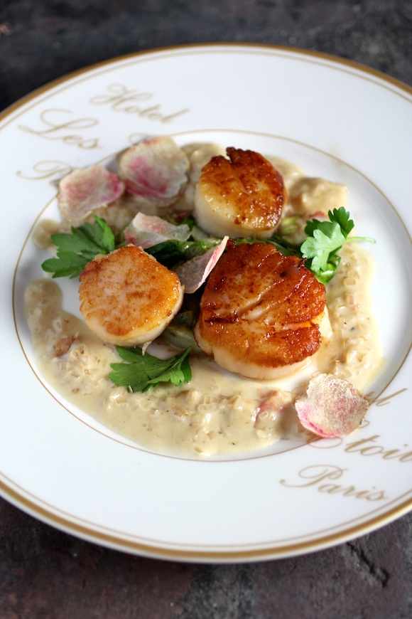 Pan seared scallops with champagne truffle cream