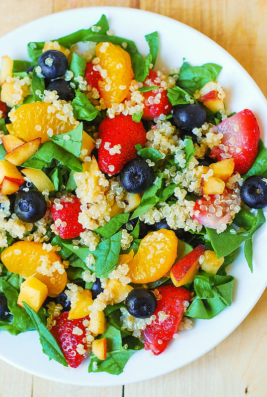 Quinoa salad with fruit and spinach