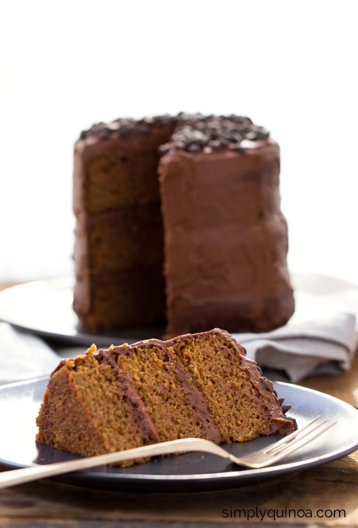 Vanilla quinoa cake