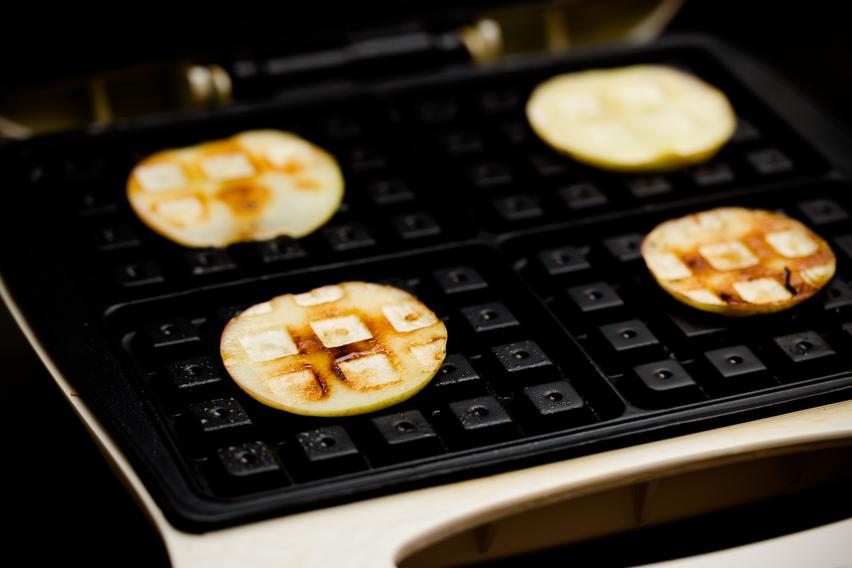 Waffled apples recipe