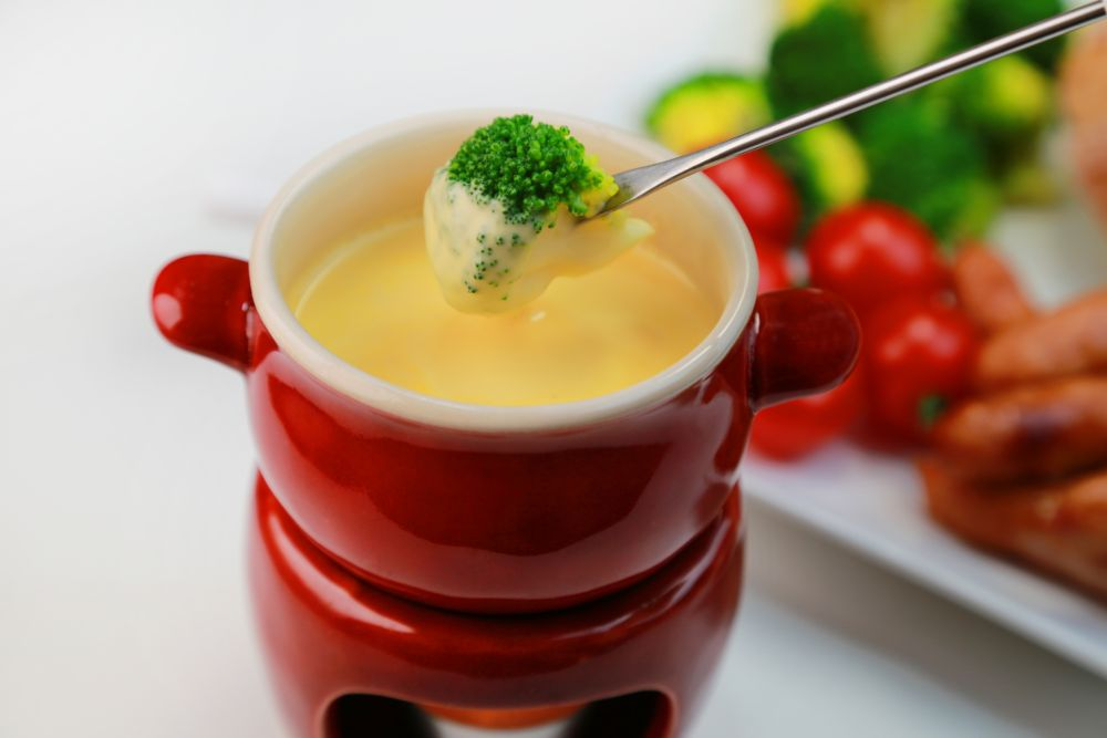 What to dip in cheese fondue