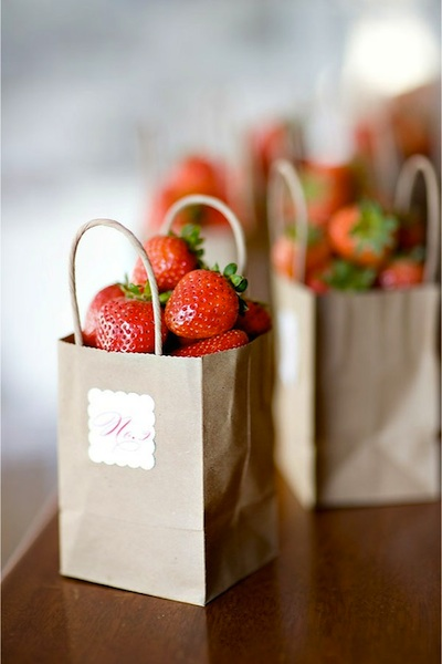Diy fresh fruit party favors
