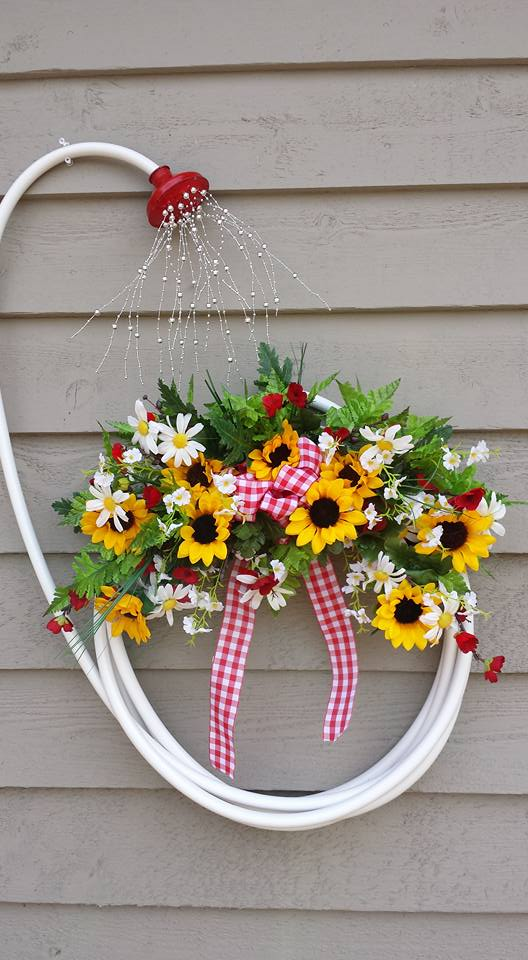 50 diy summer wreaths to celebrate the sun with for Diy summer wreath