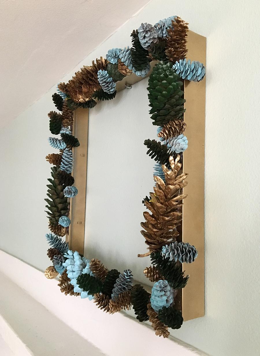 Diy pinecone wreath 3