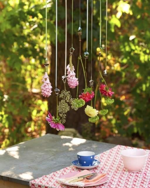 Diy hanging flower garland