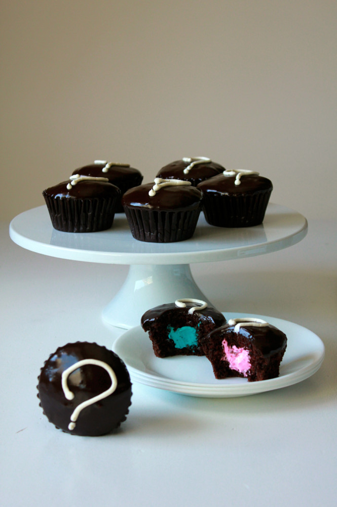 Gender reveal little debbie cupcakes