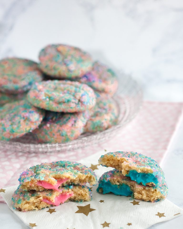Gender reveal sprinkle cookies
