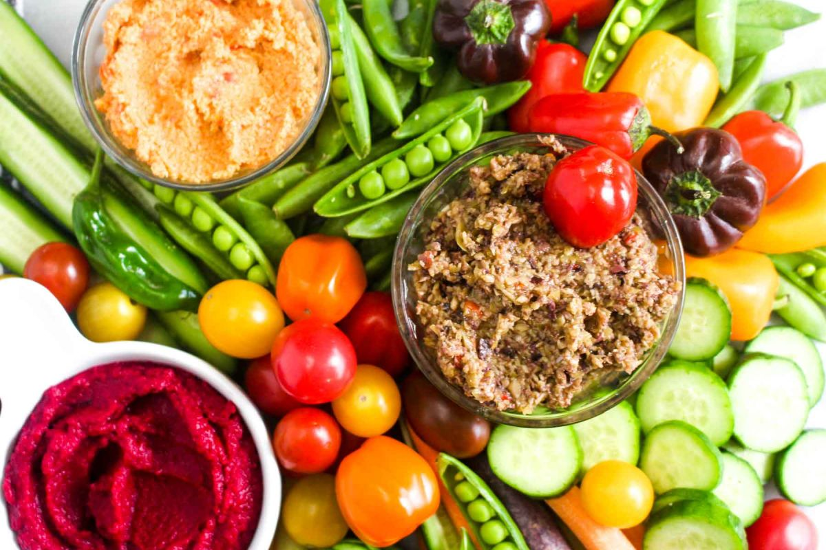 Homemade crudités platter with three dips delicious for spring summer