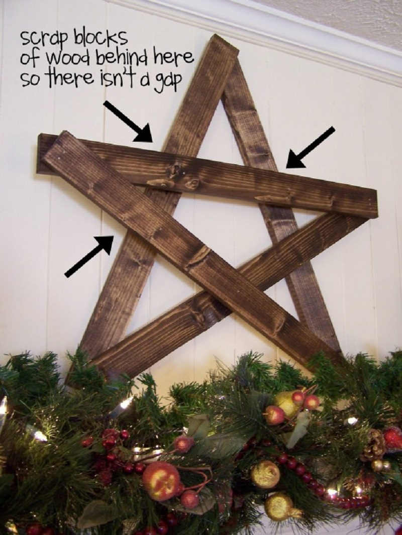 Mantle star from reclaimed wood