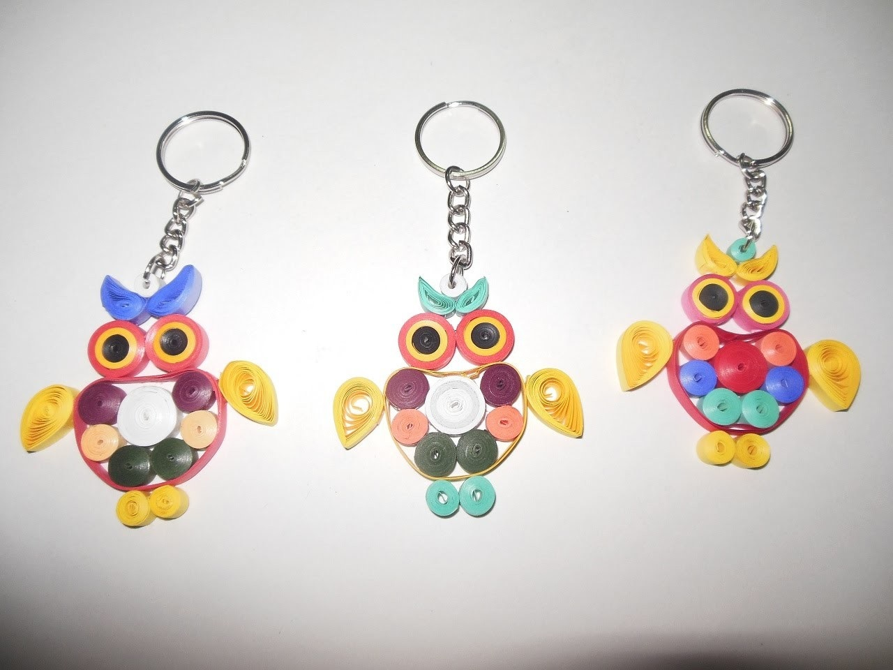 Quilled owl keychains